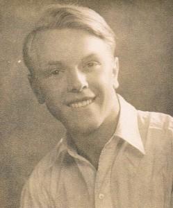 Uncle Des 1940s