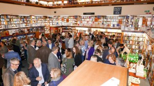 night visitor launch crowd